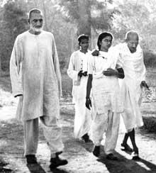 - Khan-and-Gandhi-walk_sm